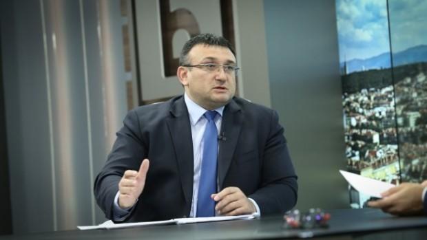 Снимка: Вътрешният министър с нови шокиращи разкрития за закопчания испански наркотрафикант на пъпа на Варна