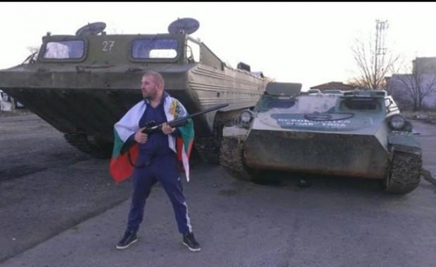 Трети танк влезе парадно в автопарка на ямболския