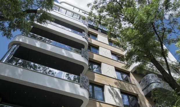 След поредицата скандали и политически нападки заради апартаментите на Цветан