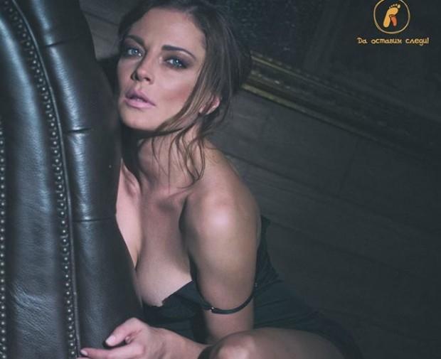 Велислава Каймаканова-НожароваТеодора Духовникова е претърпяла сериозна лицево-челюстна операция по време