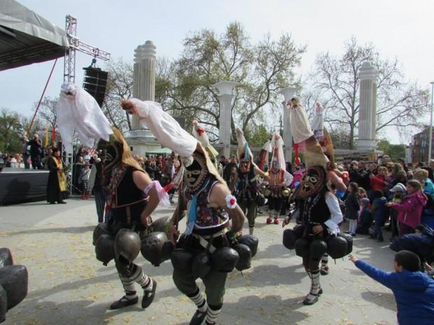 Записването за участие във Варненския карнавал продължава до 1 април.