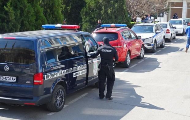 БГНЕСПрокуратура испециализирани полицаинахлуха в полицията в Благоевград. Спецчастите са вътре