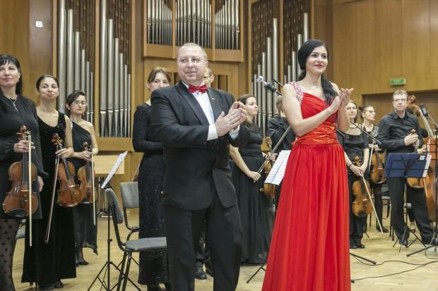 Снимка: Арменска оперна прима с концерт във Варна