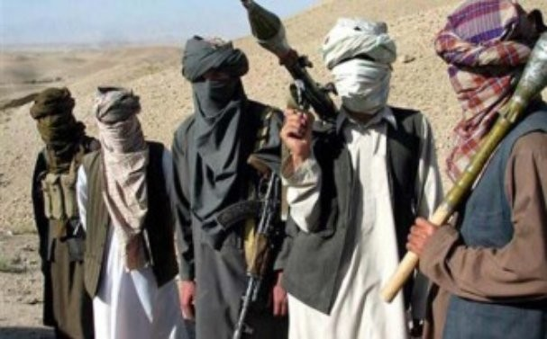 Снимка: Обстрелваха базата в Кандахар, няма пострадали наши военни