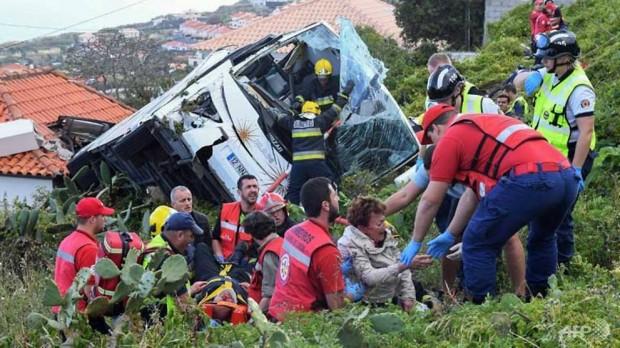 Снимка: Борисов поднесе съболезнования на Меркел и Коща след трагедията в Мадейра
