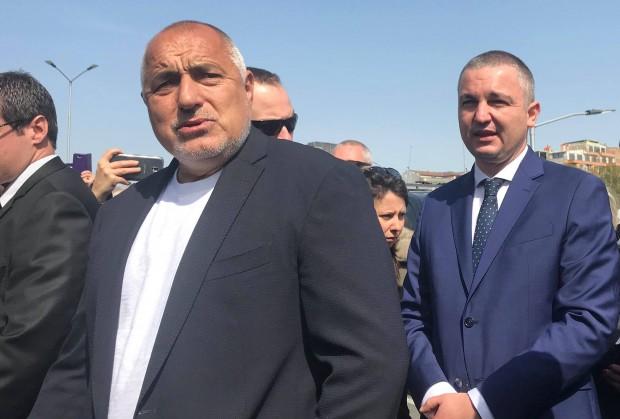 Varna24.bg Преди минути премиерът Бойко Борисов пристигна във Варна и