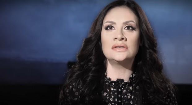 Поп певицатаМариана Поповаоще не може да се отърве от бременното