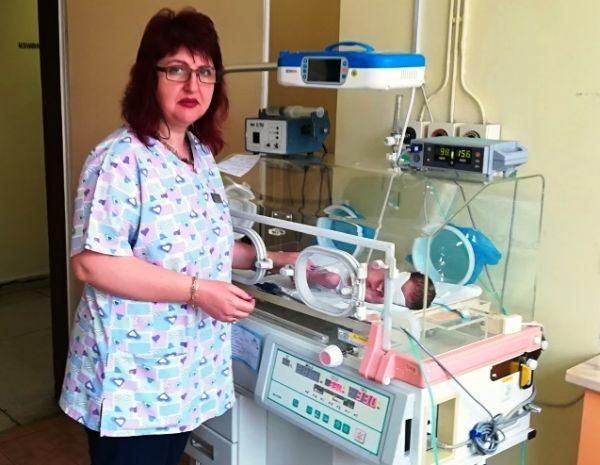 Бебе, тежащо едва 700 грама бе родено и спасено в