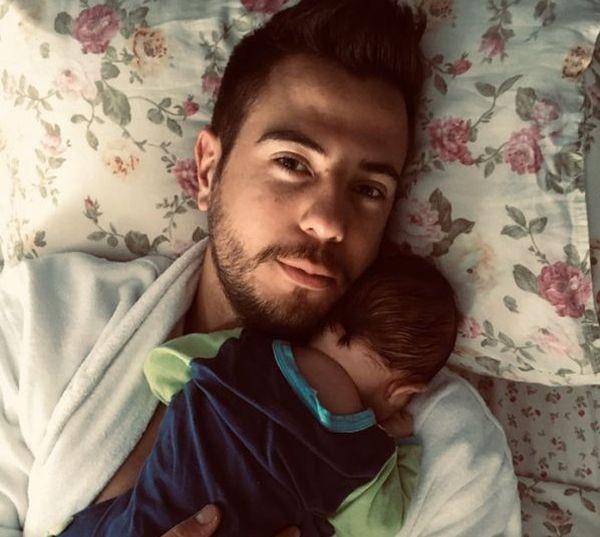 Появи се първа снимка на бебето на Петя Дикова и