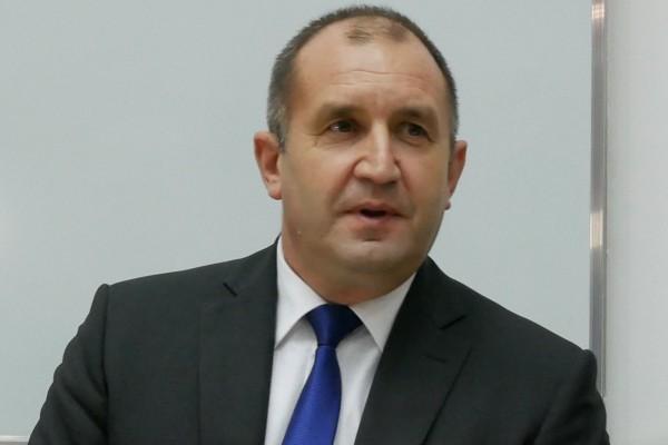 Plovdiv24.bgПрезидентът Румен Радев отхвърли упрека на управляващите, че погазва разделението