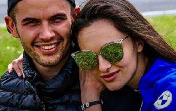 Синът на актрисата Аня Пенчева - Ангел Караньотов, и приятелката