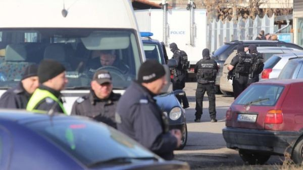 БГНЕССофийският градски съд остават в арестатримата обвинени за убийството на