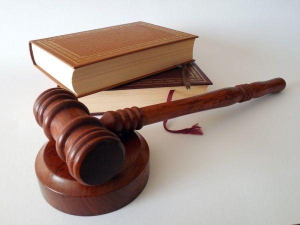 За длъжностно присвояване Варненският районен съд осъди 29-годишен мъж, работил