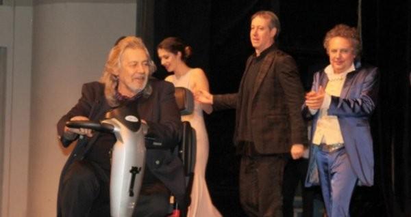 Снимка: След тежко боледуване големият Стефан Данаилов игра пред препълнена зала