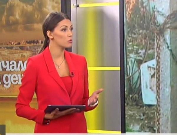 Яна Чинкова вече чете новините в Нова телевизия. Красавицата, която