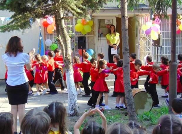 Строителните дейности на новия корпус на детска градина