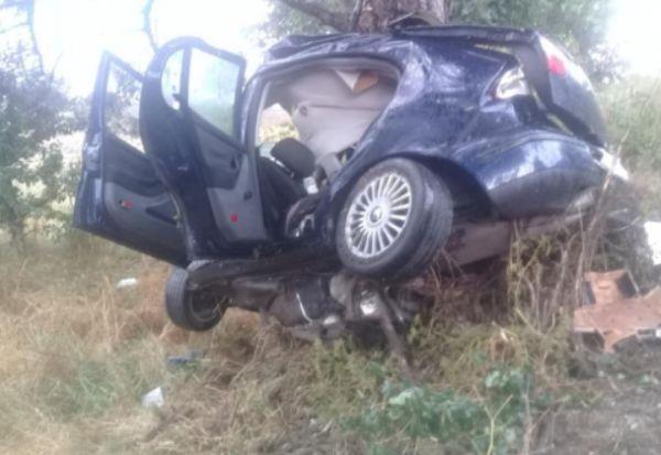 Фейсбук Ужасяващи снимки от катастрофата край плевенското село Тотлебен бяха