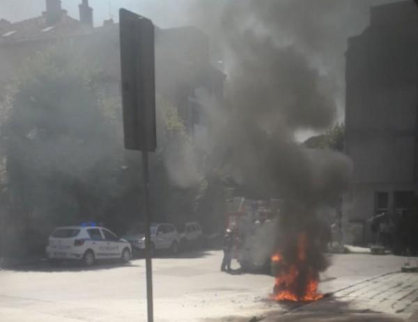 Снимка: Огнен ад в центъра на Варна
