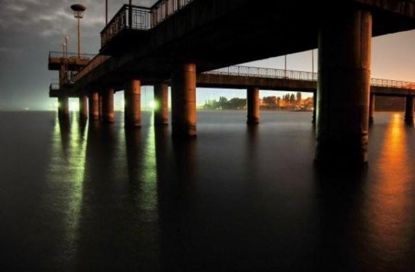 Снимка: Мъж се удави след скок от Моста на бургаския плаж