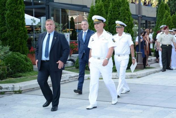 Снимка: Наградиха изявени военнослужещи на ВМС във Варна