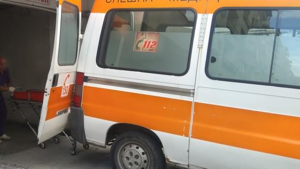 Своевременно към местопроизшествието се отзовали екип на спешна медицинска помощ