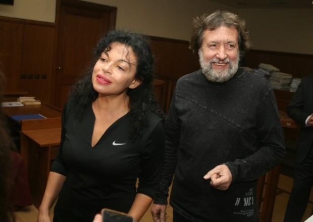 БГНЕСДелото срещу бизнесмена Николай Банев, съпругата му Евгения и майката