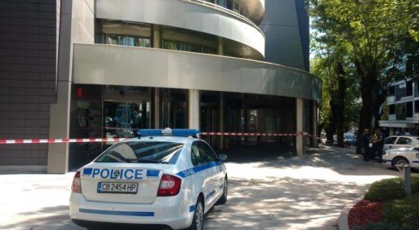 Крупният бизнесмен Кирил Домусчиев е бил засегнат от поредицата бомбени