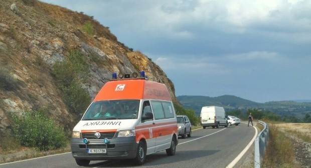 АрхивНа място незабавно са изпратени патрулни полицейски автомобили от РУ-Кирково,