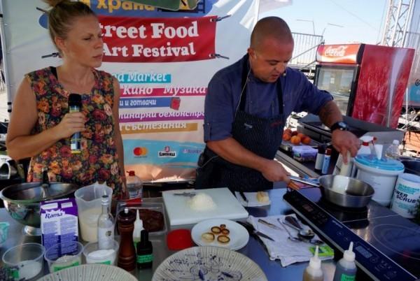 Снимка: Street food & Art Festival с вкусна и атрактивна програма и днес в Морската градина
