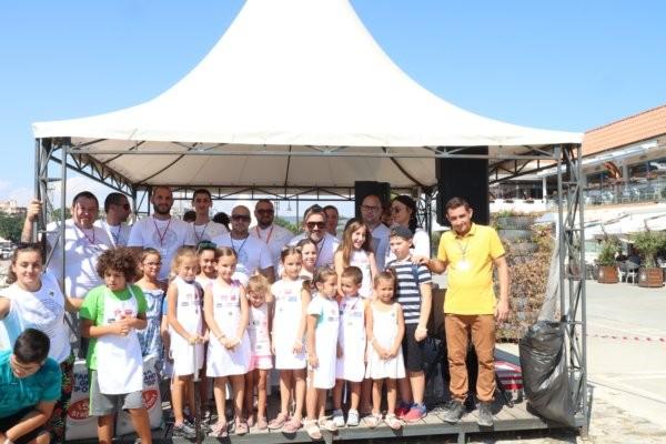 Най-масовото благотворително правене на пица Маргарита на открито, организирано от
