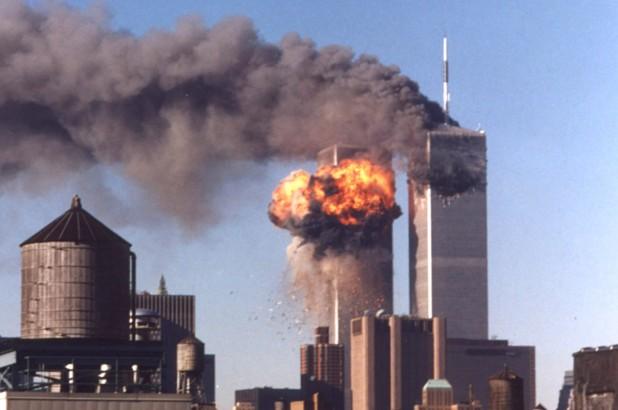 Американците си спомнят днес за жертвите на атентатите от 11