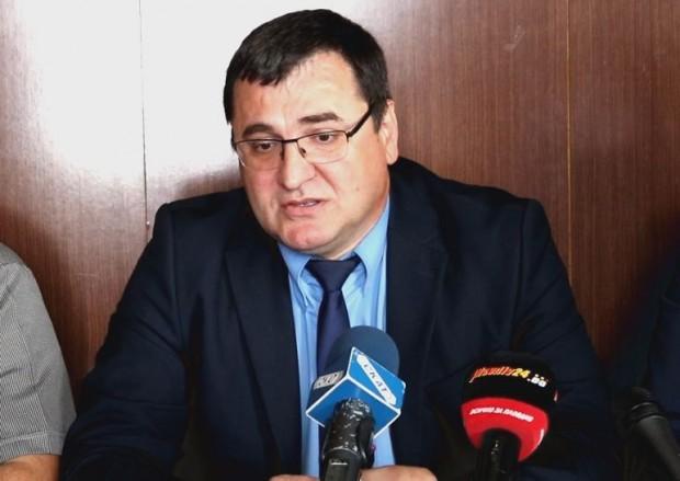 Волен Сидеров. Това заяви депутатът от групата Славчо Атанасов пред