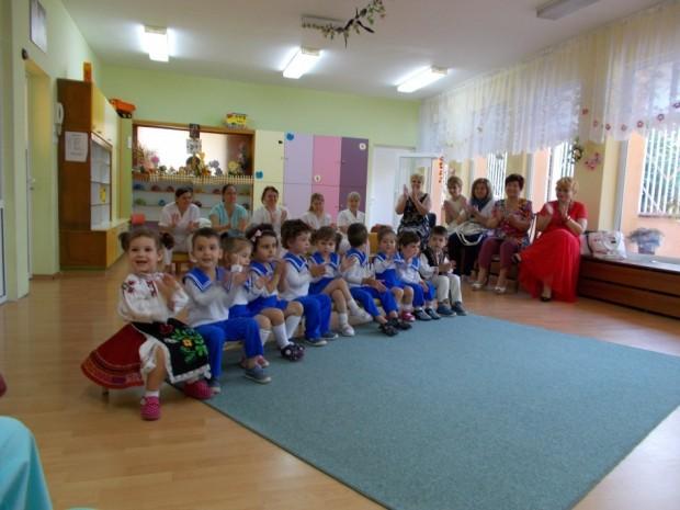 158 свободни места са обявени за целодневен прием в детските