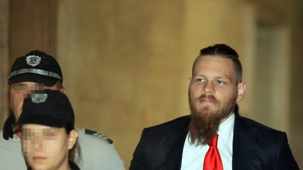 Снимка: Приятели на убития от Полфрийман: Сигурно се обръща в гроба