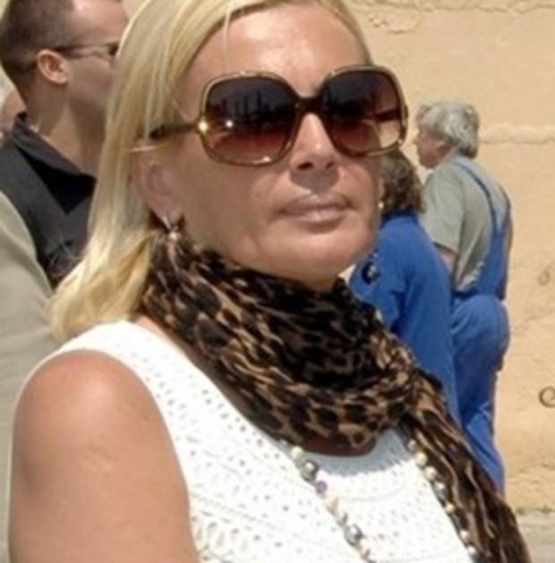 Маринела Арабаджиева е с опасност за живота, съобщават отекипа й.Хипертония