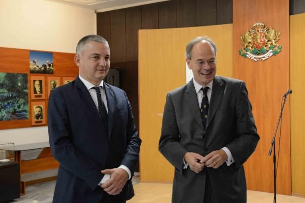 Кметът на Варна Иван Портних се срещна днес с Н.