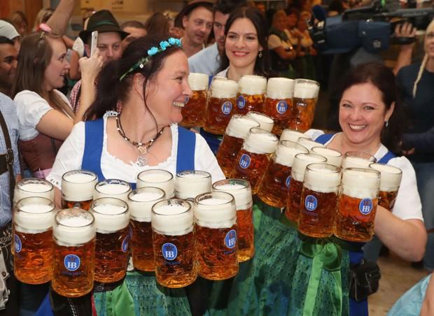 Снимка: Започна най-масовият празник в света за бира
