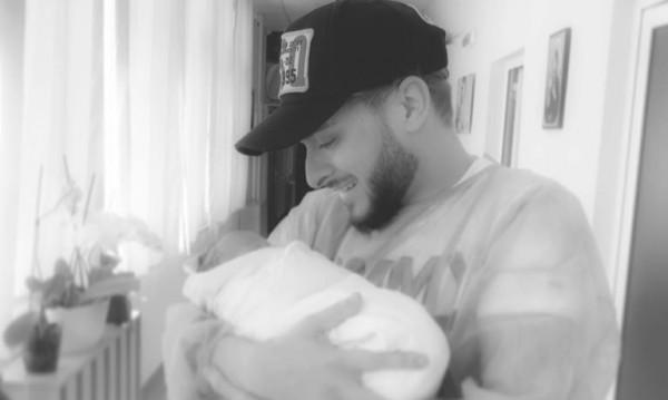 Снимка: Криско стана баща