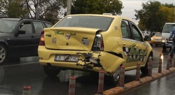 Виждам те КАТ-ВарнаКатастрофа между лек автомобил и такси затрудни движението