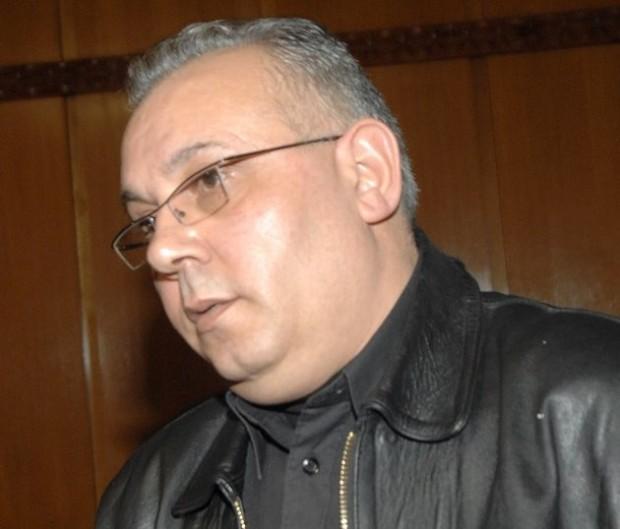 В пълна мистерия е забулена съдбата на Владимир Славов-Иширковеца. В