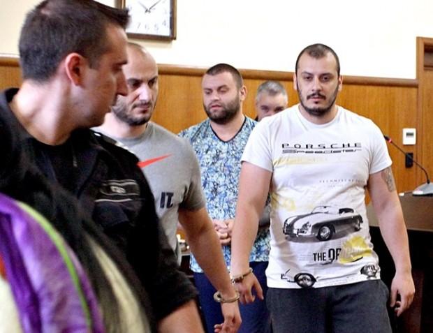 24 часаБандата на Николай Мечков е пребивала собственици на хотели