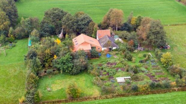 6-членно нидерландско семейство е прекарало девет години в пълна изолация
