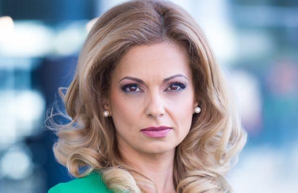 Семейни драми разкъсват Аделина Радева. Съпругът й Борис и синът