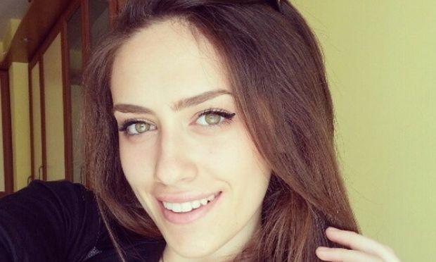 > Джулия СтояноваПреди дни певецътИвайло Колеввидял, че банята в апартамента
