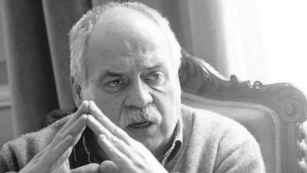 Почина дългогодишният директор на Народен театър Иван Вазов и ръководител