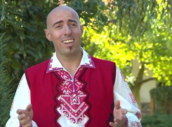 Култовият изпълнител на македонски песни Благовест Бичаков, известен на публиката