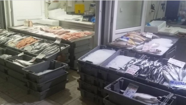 Рибен пазар, по подобие на популярните напоследък фермерски пазари, може