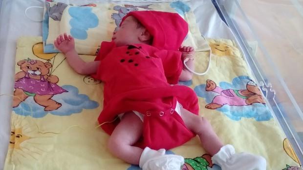 Архивнай-малкото бебе за 2019г. е с тегло от 680 грама,