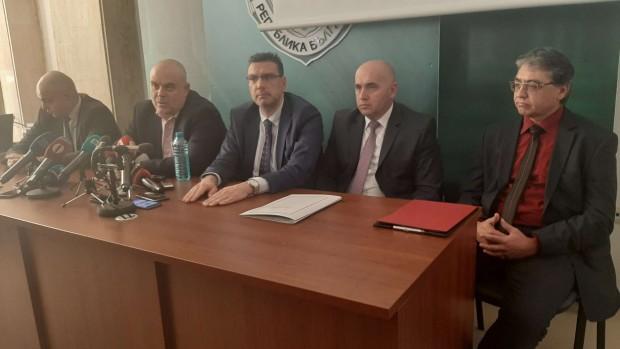 Burgas24.bgИзвънреден брифинг се провежда в Апелативна прокуратура – Бургас. Поводът