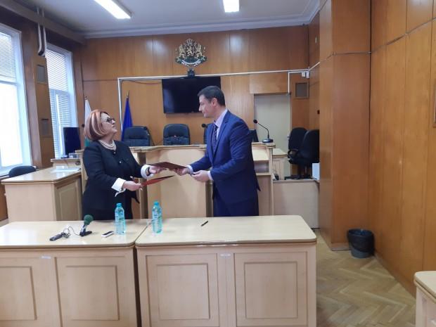 Договор за стратегическо партньорство и взаимноизгодно сътрудничество подписаха днес ректорът